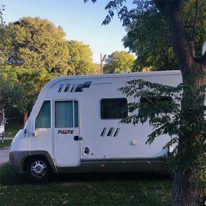 Emplacement camping-car camping Amélia**